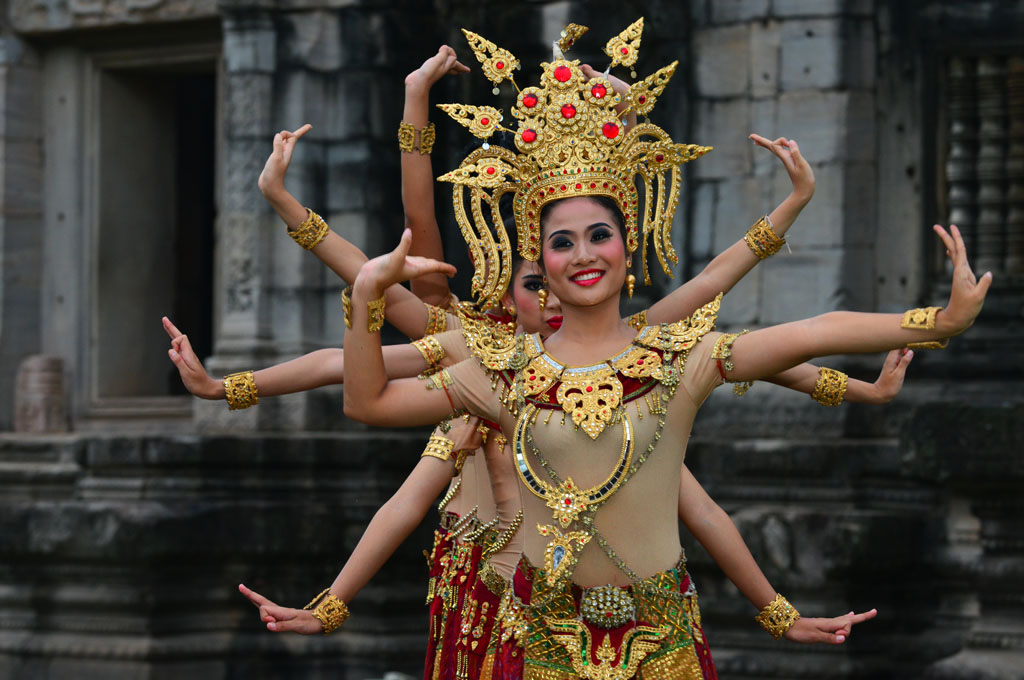 Apsara dancers at Phimai ruins