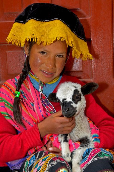 Local girl at Pisac market