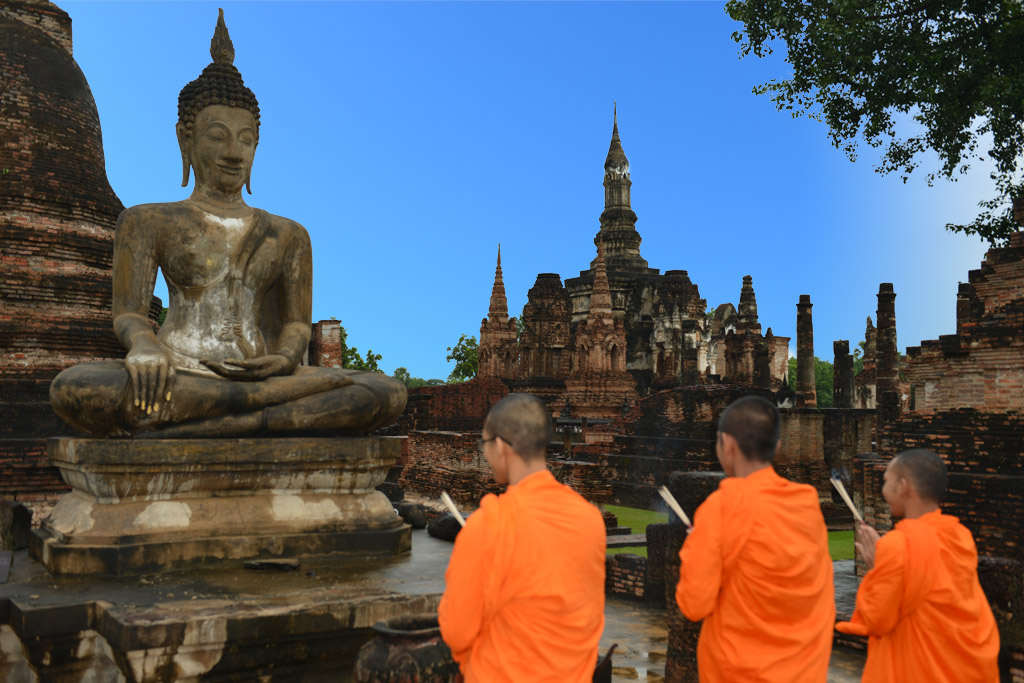 Monks at Wat Mahathat in Sukhothai