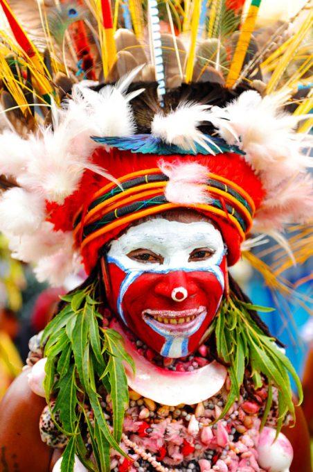 Tribal dancing at Goroka Festival