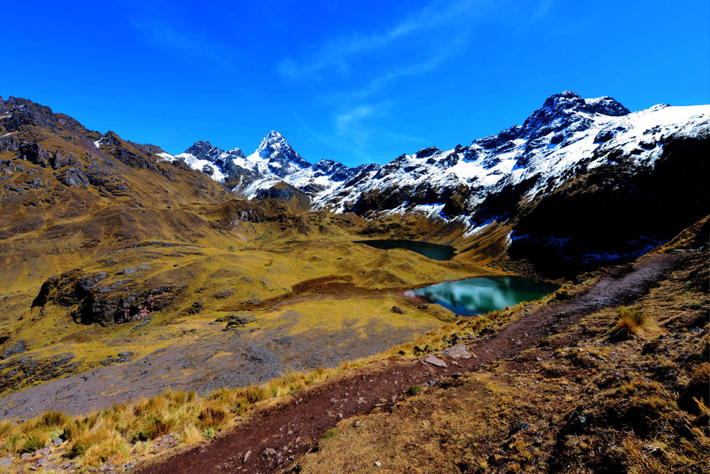 scenery on Lares trek