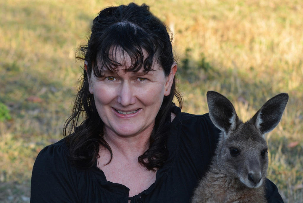 sue-at-kangaroo-sanctuary
